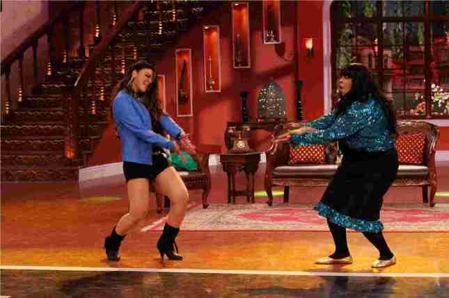 Rakhi Sawant on the sets of Comedy Nights With Kapil (6)